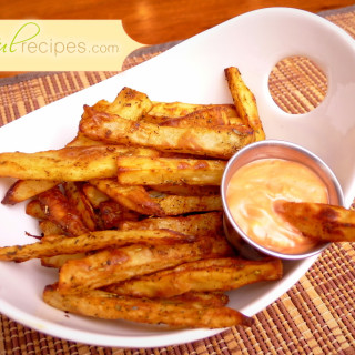 Healthy Baked Fries with Sauce
