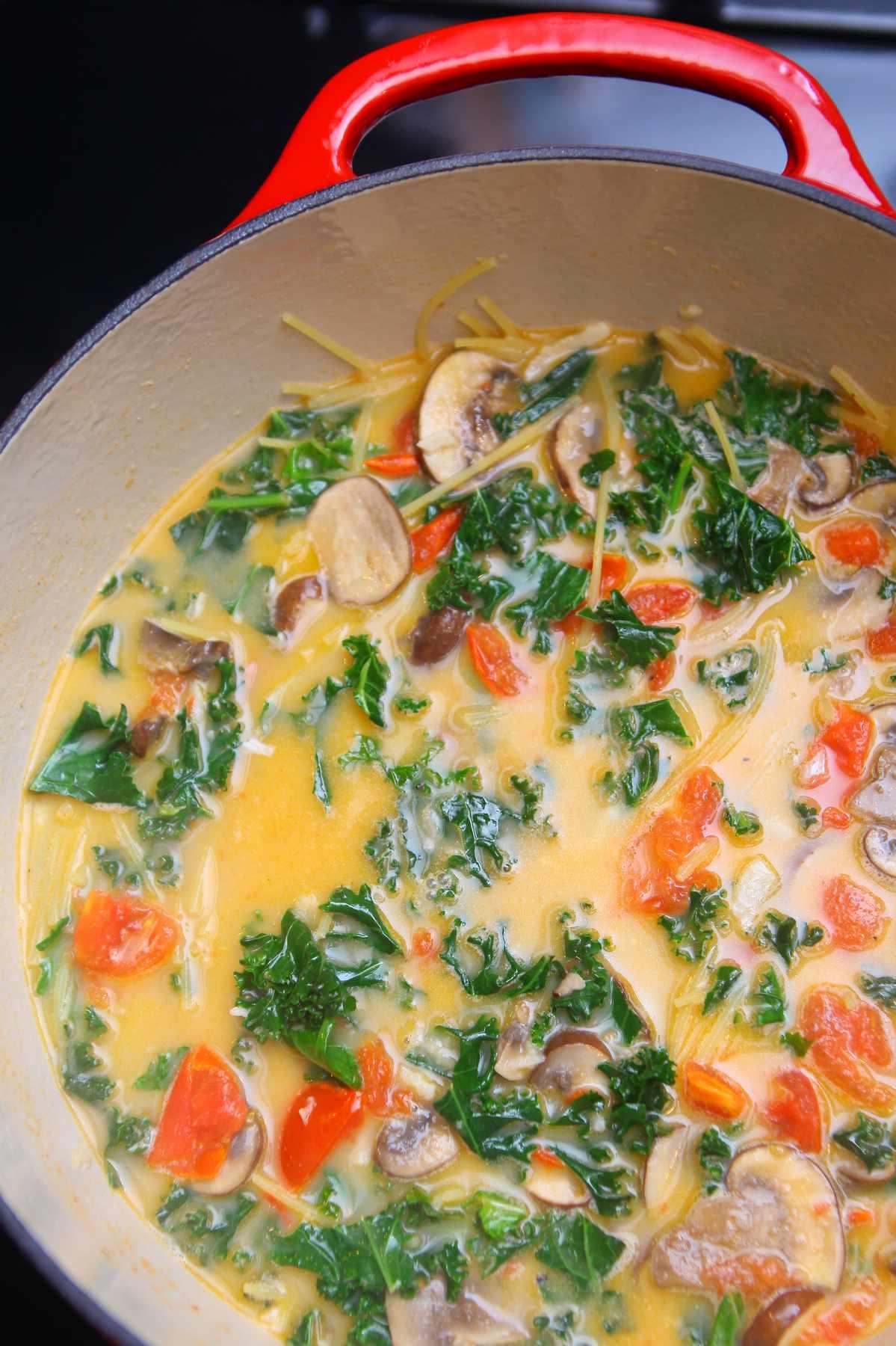 one-pot-kale-mushroom-pasta-1