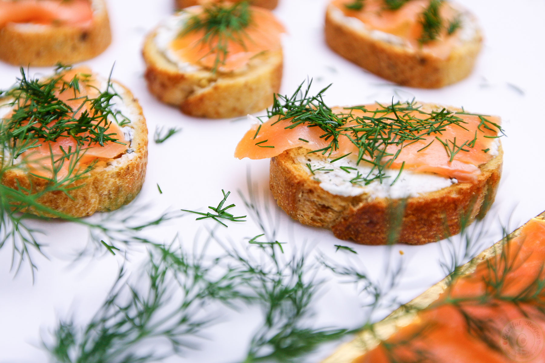 Smoked Salmon Dill Goat Cheese Baguette Bites - Colorful ...